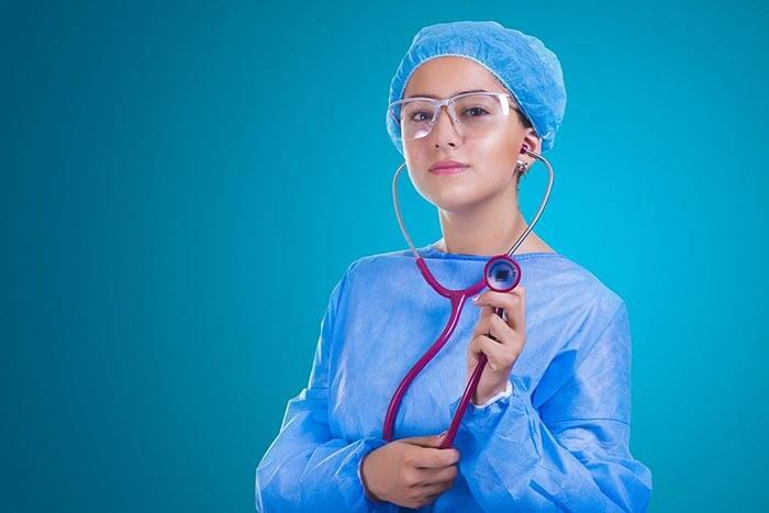 infirmière pour résoudre ses problèmes d'érection